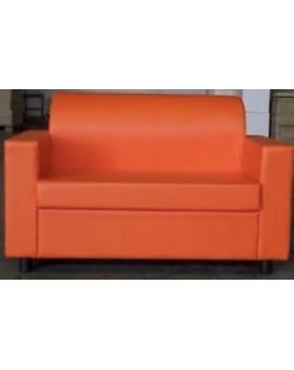 Divano da ufficio 2 posti arancio in finta pelle realizzabile in tutti i colori